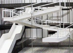 макет лестницы для фильма начало